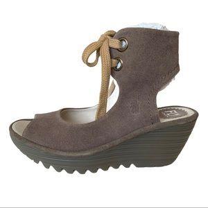 NIB Fly London Yaffa Taupe Suede Wedge Sandals